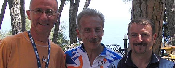 Il maestro Bersani con Giovanni Storti e Giacomo Poretti